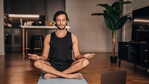 Yoga-Essentials: 5 Dinge, die Anfänger und echte Yogis lieben werden