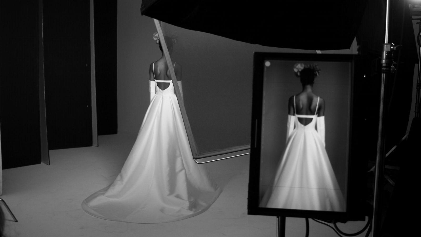 Vera Wang x Pronovias: Brautkleider einer Kult-Designerin, die chic und bezahlbar sind