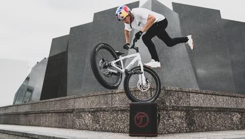 Fabio Wibmer: Wie ein 26-Jähriger mit dem Rad die Welt erobert
