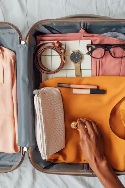 Koffer packen: An diese 5 genialen Tricks halten sich Pack-Profis IMMER