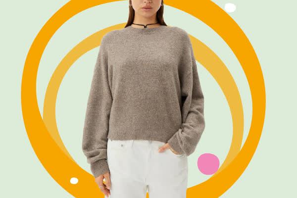 Perfekter Übergangs-Pullover: Dieses Allrounder-Oberteil passt zu all euren Jeans-Hosen - und kostet gerade einmal 50 Euro