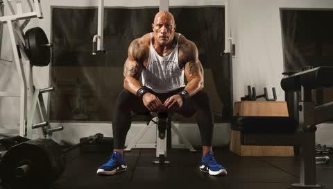 Under Armour und Dwayne The Rock Johnson liefern alle Essentials fürs Training