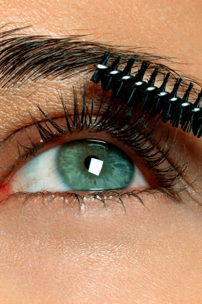Mascara-Entdeckung: Diese 8-Euro-Wimperntusche sorgt für jede Menge Volumen - und das Internet ist begeistert!