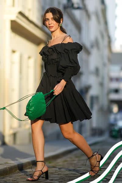 Off-Shoulder-Kleider: So stylst du die angesagten Dresses im Spätsommer 2021 - und hier kannst du die schönsten Kleider shoppen