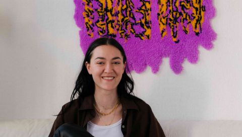 DIY-Teppiche sind der Einrichtungstrend des Jahres! Klara Pichler erklärt, was es mit Rug Art auf sich hat