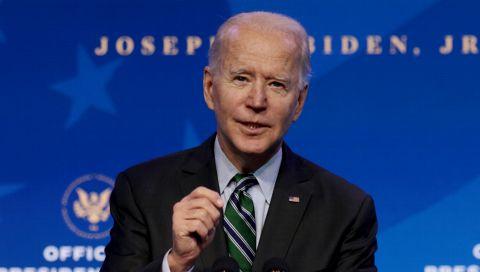 Joe Biden über-trump-ft mit seinem Inauguration-Merch (zur Amtseinführung) alle früheren Präsidenten