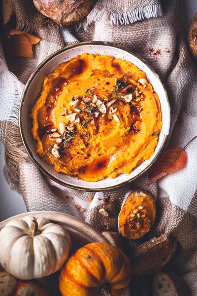 Kürbis-Hummus: So einfach gelingt euch das ultimative Herbst-Rezept