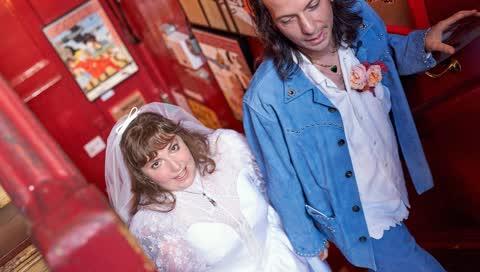 Lena Dunham hat geheiratet! So sah ihre ausgefallene Spontan-Hochzeit in London aus