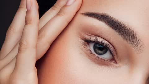 Business-Make-up: Dieser geniale Trick ist perfekt für jeden Video-Call