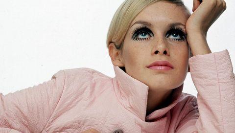 Retro-Make-up: So gelingt der berühmte 60er-Jahre-Look von Twiggy, Cher & Co.