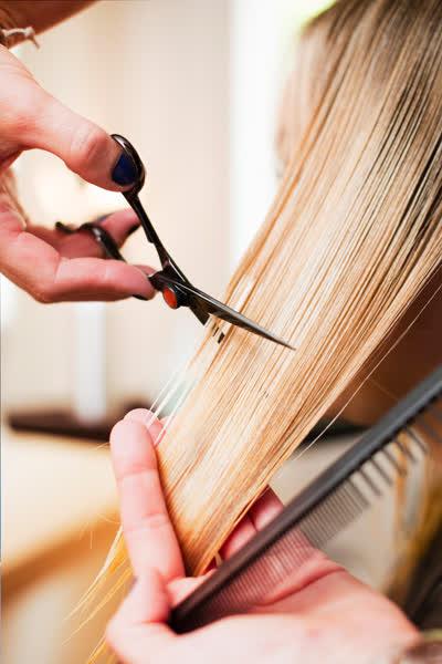 Lust auf eine Veränderung? Das sind die 5 besten Haarschnitte für alle, die ihre Länge dafür nicht opfern wollen