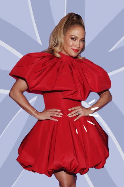 Jennifer Lopez: Die Sängerin trägt jetzt schon den schönsten Nageltrend für den Herbst - und es ist ein echter Maniküre-Klassiker