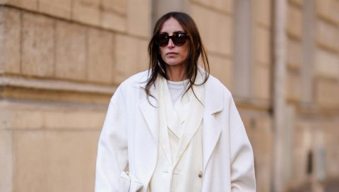 Businessmode: So tragen wir tonale Office-Outfits wie Chloé Harrouche