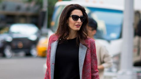 Amal Clooney und ihre Handtaschensammlung: Niemand beherrscht Businessmode so gut wie sie