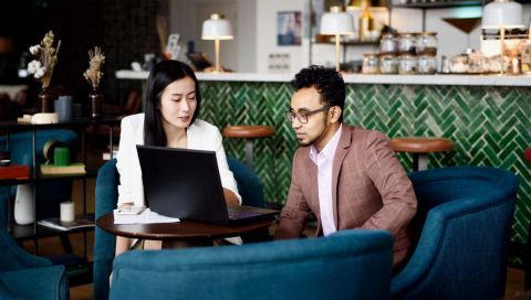 Berufseinstieg: Welche Versicherungen man wirklich braucht (und welche man sich sparen kann)