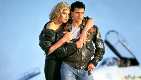 Tom Cruise ist der Stil-König der Lammfelljacke - so stylen Sie den Top-Gun-Look