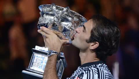 """Rolex: Roger Federer zeigt seine GMT-Master II """"Pepsi"""""""