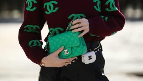 Street-Style: So lässt sich die Trendfarbe Grün kombinieren