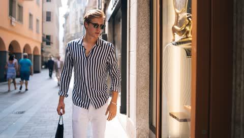 Nachhaltiger Mode kaufen und gleichzeitig Geld sparen - wir geben Ihnen drei Tipps