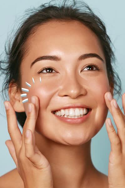 """""""Mirror Skin"""": Dieser K-Beauty-Trend revolutioniert deine Hautpflege-Routine und ist DAS Geheimnis für Glow"""