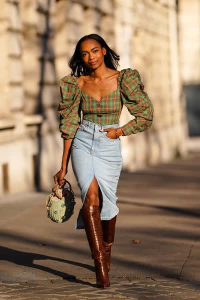 Jeansrock kombinieren: Diese 3 Styling-Tipps gelten für Jeansröcke - plus: Outfit-Ideen für jede Jahreszeit und Gelegenheit