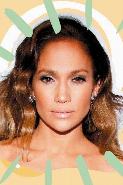 Genial! Jennifer Lopez zeigt ihren Styling-Trick, mit dem weiße Jeans immer cool aussehen