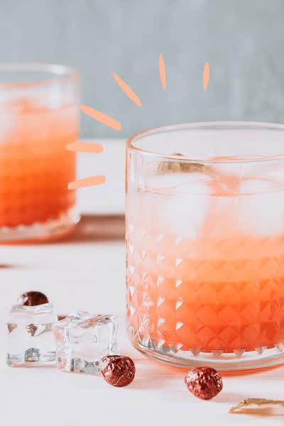 Einfache Drinks: Die 5 besten Rezepte mit Rosé, die perfekt für den Sommer sind