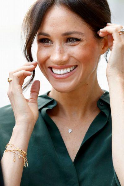 Herzogin Kate und Meghan Markle lieben diese günstige Schmuckmarke - und die hat gerade 25  Rabatt auf alles im Black-Friday-Sale
