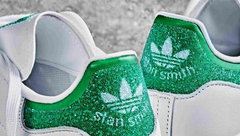 Adidas x Swarovski: Diese drei Kult-Sneaker gibt es bald in der Glitzer-Variante