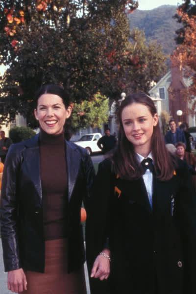 """Herbst-Serien 2021: """"Gilmore Girls"""", """"Der Kastanienmann"""" und 4 weitere Streaming-Tipps, die perfekt für die kalte Jahreszeit sind"""