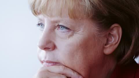 Bye, Angela Merkel: Drei Autorinnen schreiben über die scheidende Kanzlerin. Teil 1: Lena Urzendowsky