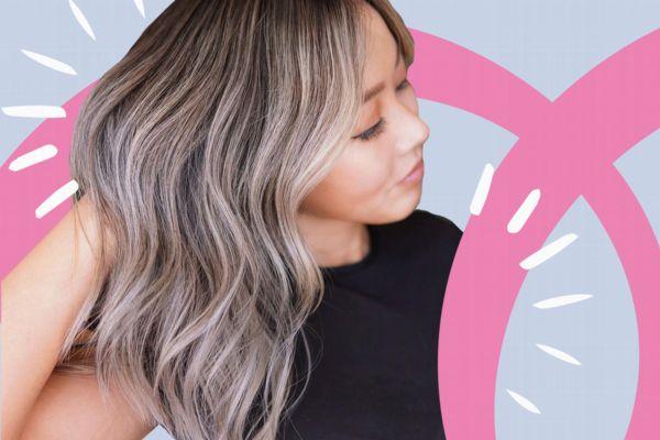 """""""Teasy Lights"""" sind eine Mischung aus Strähnchen und Balayage - und der perfekte Haarfarben-Trend für den Sommer 2021"""
