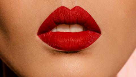 À la Parisienne: So tragen Sie roten Lippenstift wie eine Französin