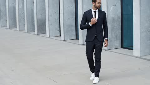 Diese 3 Business-Sneaker passen zu jedem Office-Look - und kosten unter 200 Euro