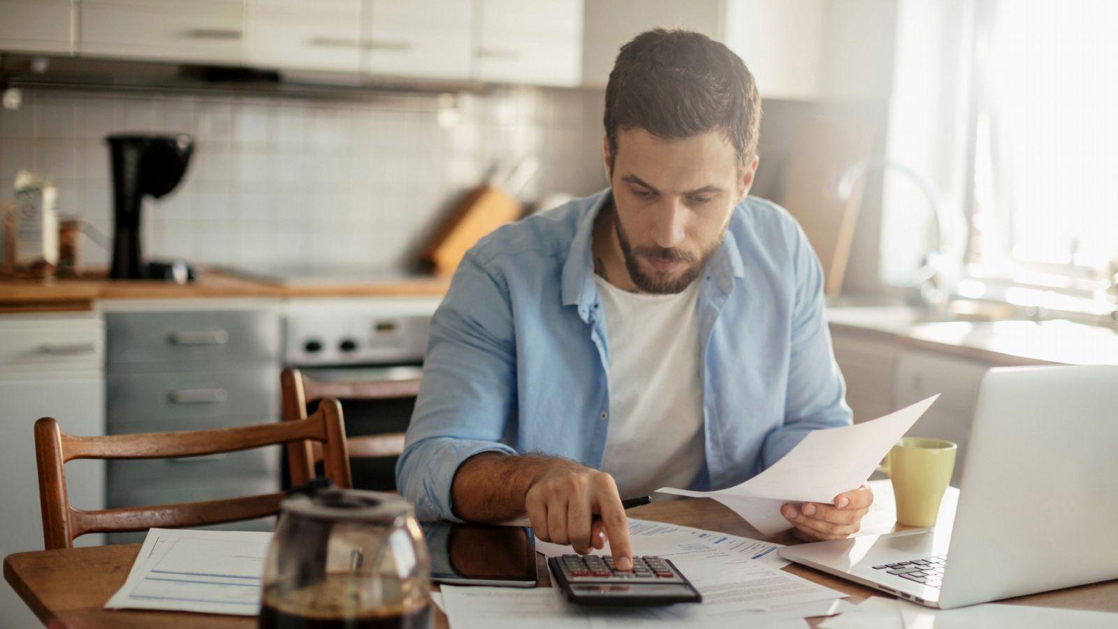 Geld einteilen: So kommen Sie mit dem (ersten) Gehalt aus