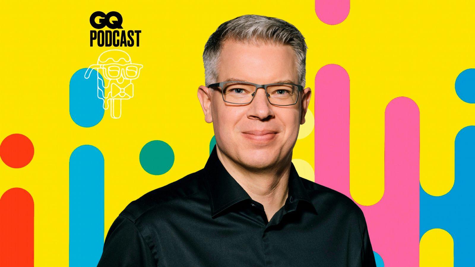 Frank Thelen im GQ Podcast über die Frage, wo das Geld der Zukunft zu finden ist (Spoiler: Über den Wolken!)