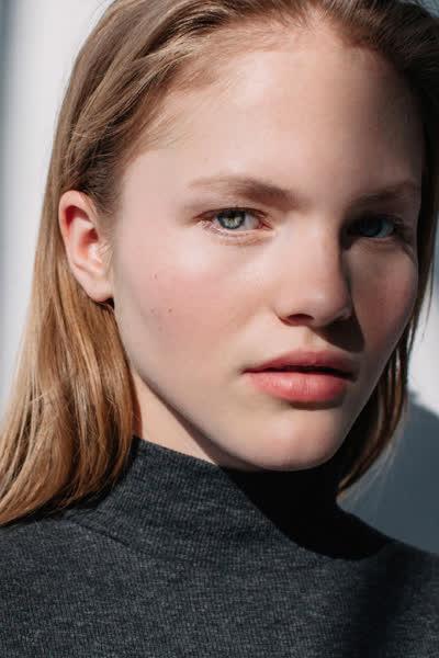 Skandinavische Kosmetik: Auf diese beliebte Beauty-Brand schwören Schwedinnen für schöne Haut